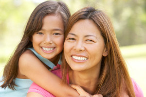 Filipino-mother-and-daughter