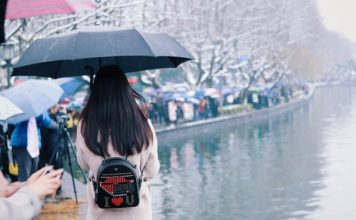 How Important is a Backpack for a Woman? 2020 - Trade Travel Journal