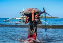 Small-Scale Tuna Fishers Earn MSC Certification in Historical First